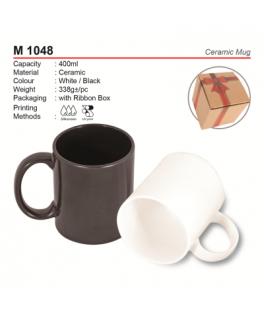 M 1048 Ceramic mug